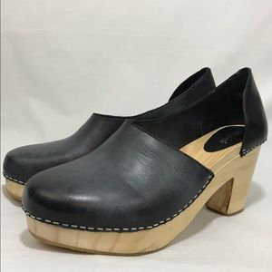 Free People black Monroe clog wooden heel 38